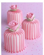 3stripy_rose_cakes.jpg