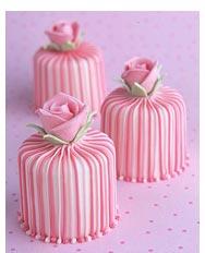 3stripy_rose_cakes.jpg