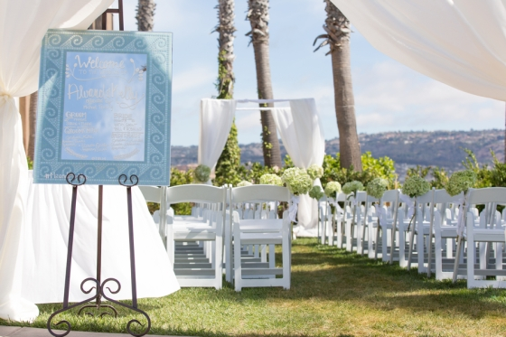 California-desination-beach-wedding-ceremony-setting