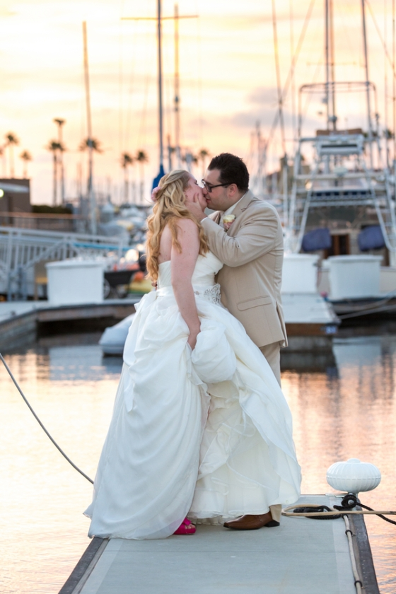 California-desination-beach-wedding-couple-nautical-view